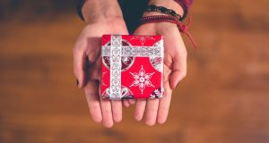 AAPRI's Holiday Gift Guide for People with Allergies